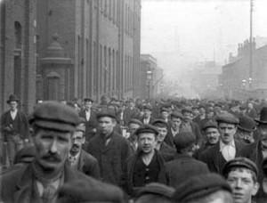 MandK_Industrial_Revolution_1900